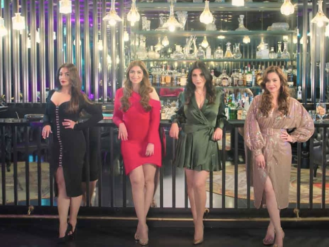 Fabulous Lives Of Bollywood Wives Review: Wish there were scandals and  gossip in the open lives of these Bollywood wives!