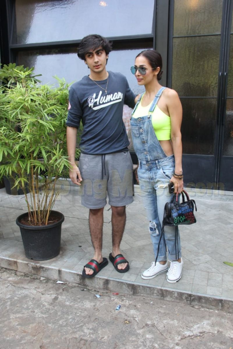 Malaika Arora spends time with son Arhaan Khan over lunch; Dimple Kapadia and Twinkle Khanna enjoy retail therapy