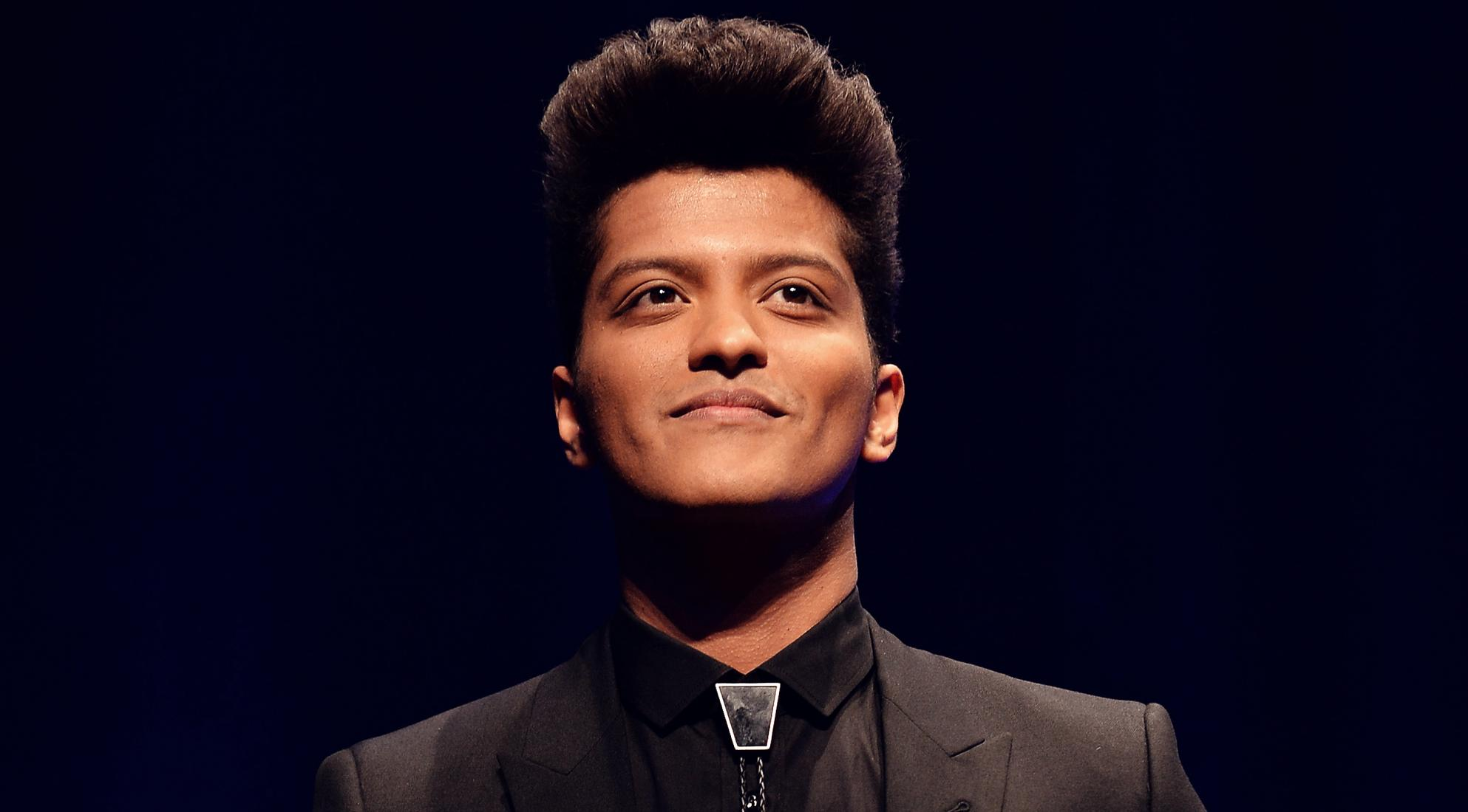 bruno mars on planet mars - photo #22