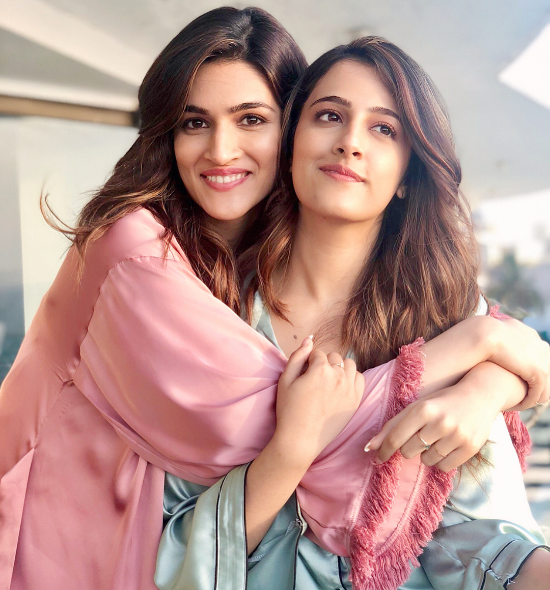 kriti sanon s younger sister nupur is gearing up for bollywood