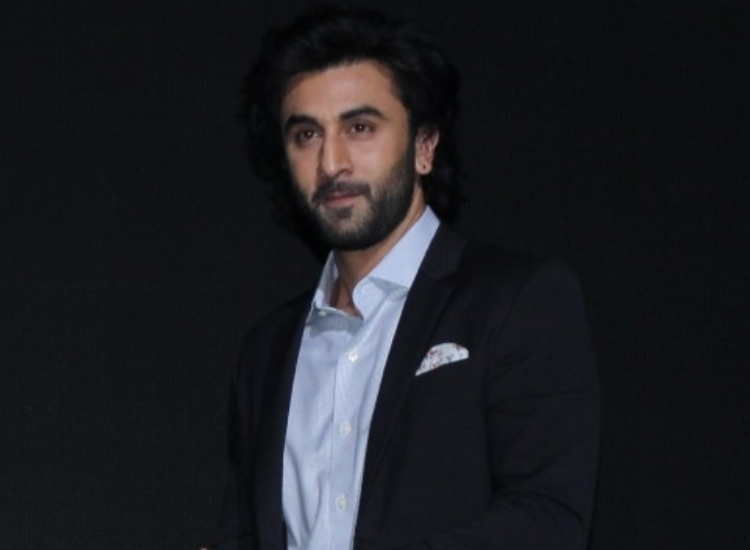 besotted with alia bhatt ranbir kapoor confesses water tastes like
