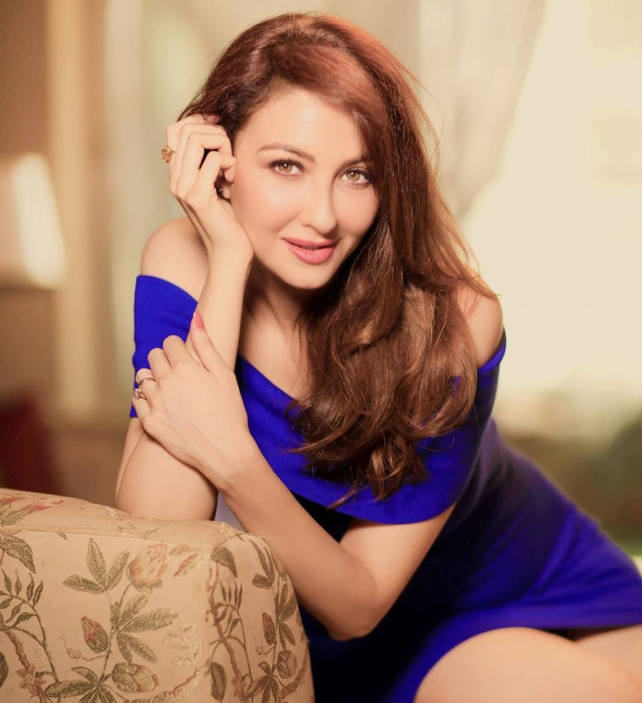 Saumya Tandon naked (32 images) Hot, Facebook, swimsuit