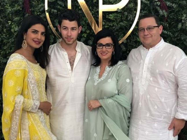 Priyanka Gets A Priceless Gift From Nick S Mom Newlyweds Cut An 18